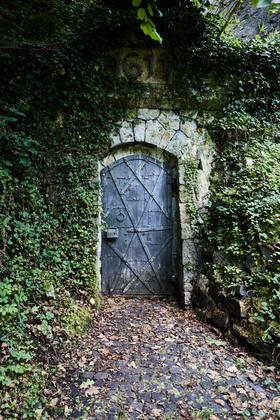 Eingang zur Quelle von ALPQUELL