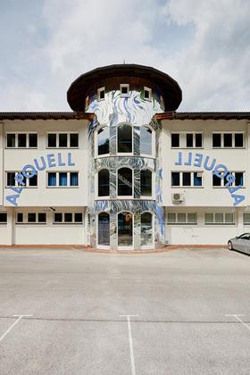 Firmengebäude von ALPQUELL in Münster/Tirol